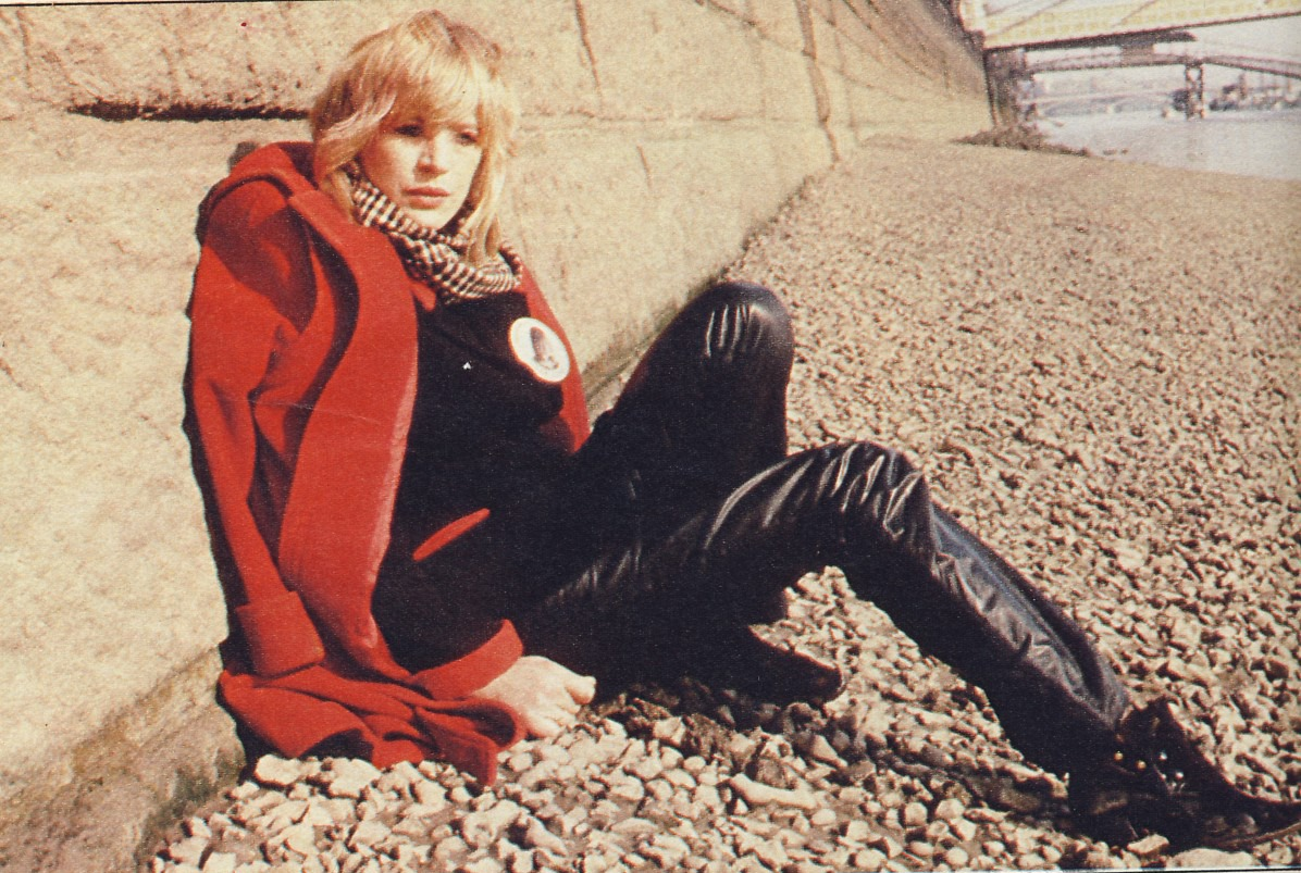 Marianne Faithfull - Horses And High Heels